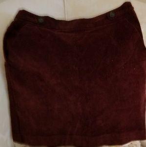 Burgundy cordoury skirt
